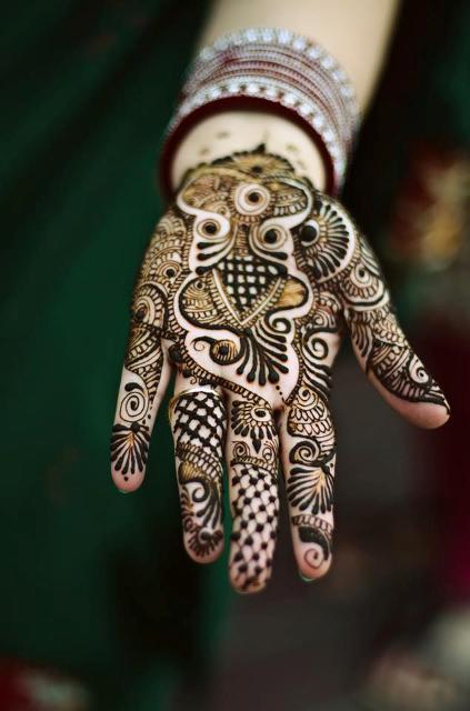 Mehndi Tattoo Ladies : Hand mehndi designs for women stylish henna