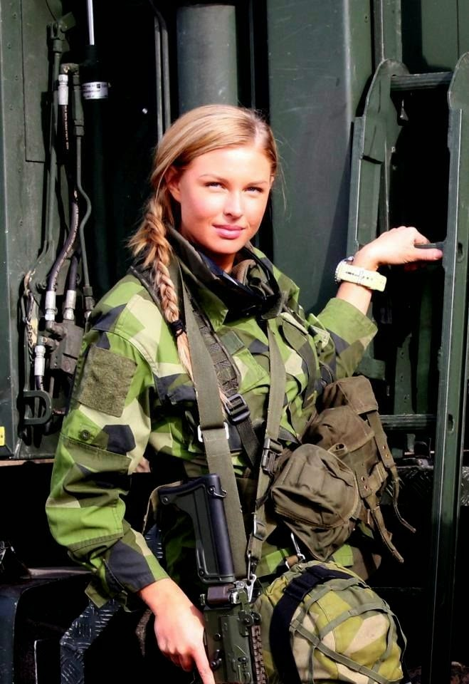 Female sas soldier
