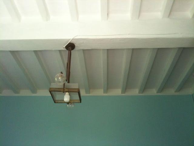 Soffitto Di Legno Bianco : Bianco nei soffitti