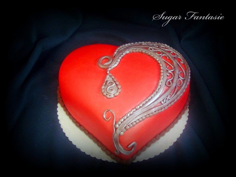 Valentin napi szív torta