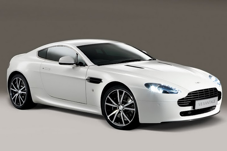 Look At the Car: 2013 Aston Martin v8 Vantage [roadster]