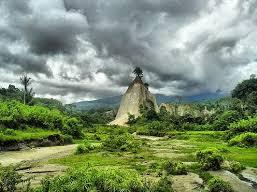 Lembah Ngarai Sianok Sumatera Barat