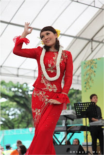 myanmar Popular model and actress