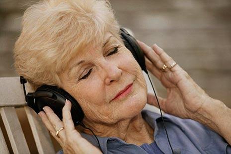 Lansia dan terapi musik