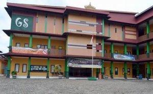 REKRUTMEN Sekolah Global Surya