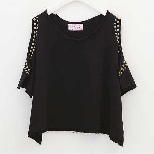 BeauBo Studded Cut Out Shoulder Crop Top
