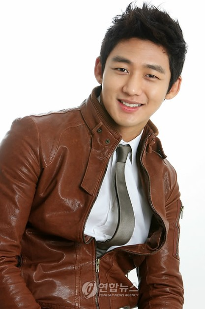 pemain naughty kiss Lee Tae Sung