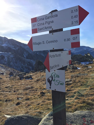 Signage for G7 trail.