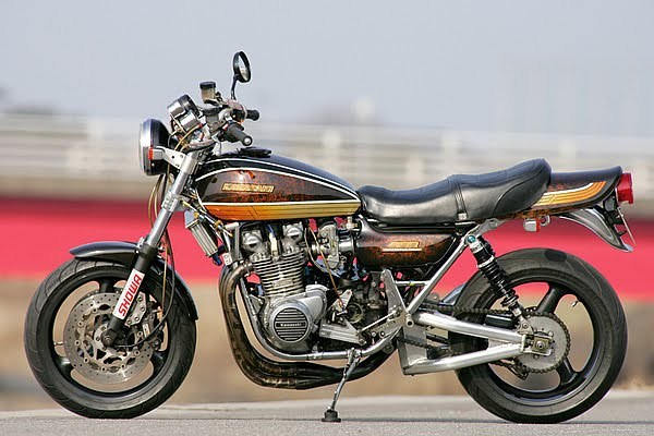 Racing Caf U00e8  Kawasaki Z1 900 Special  2