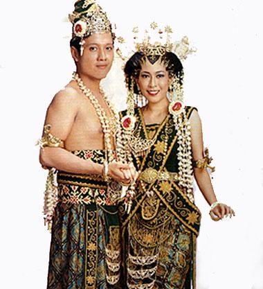 Baju Adat Jawa Tengah dan Busana Adat Tradisional Daerah Jawa Tengah