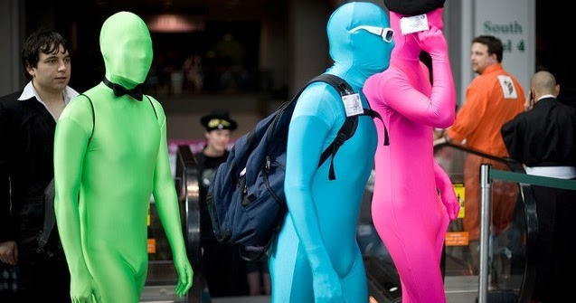 Zentai at Public, A great way to show