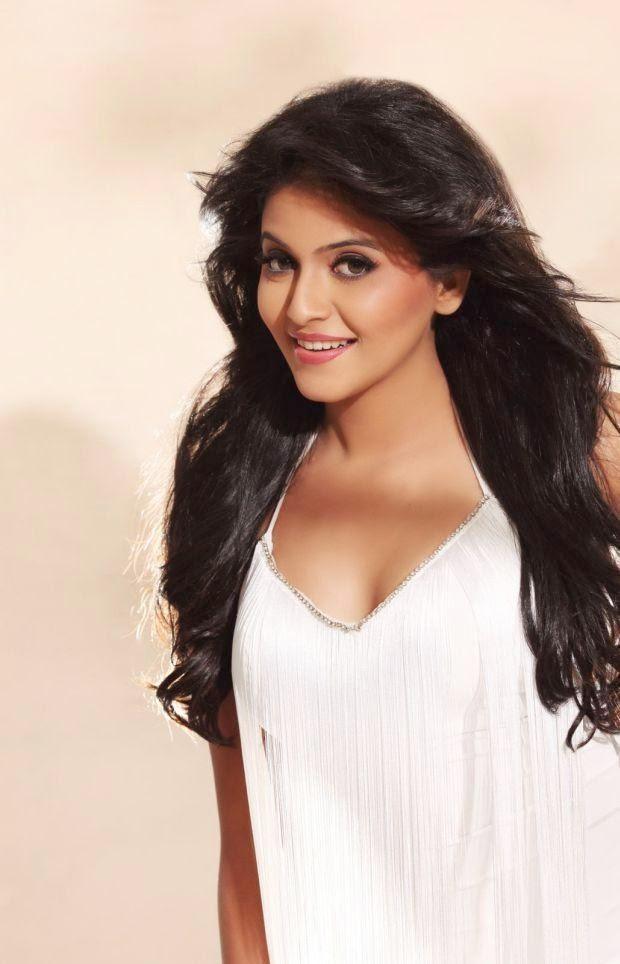anjali-recent-hot-photos-from-photoshoot-6