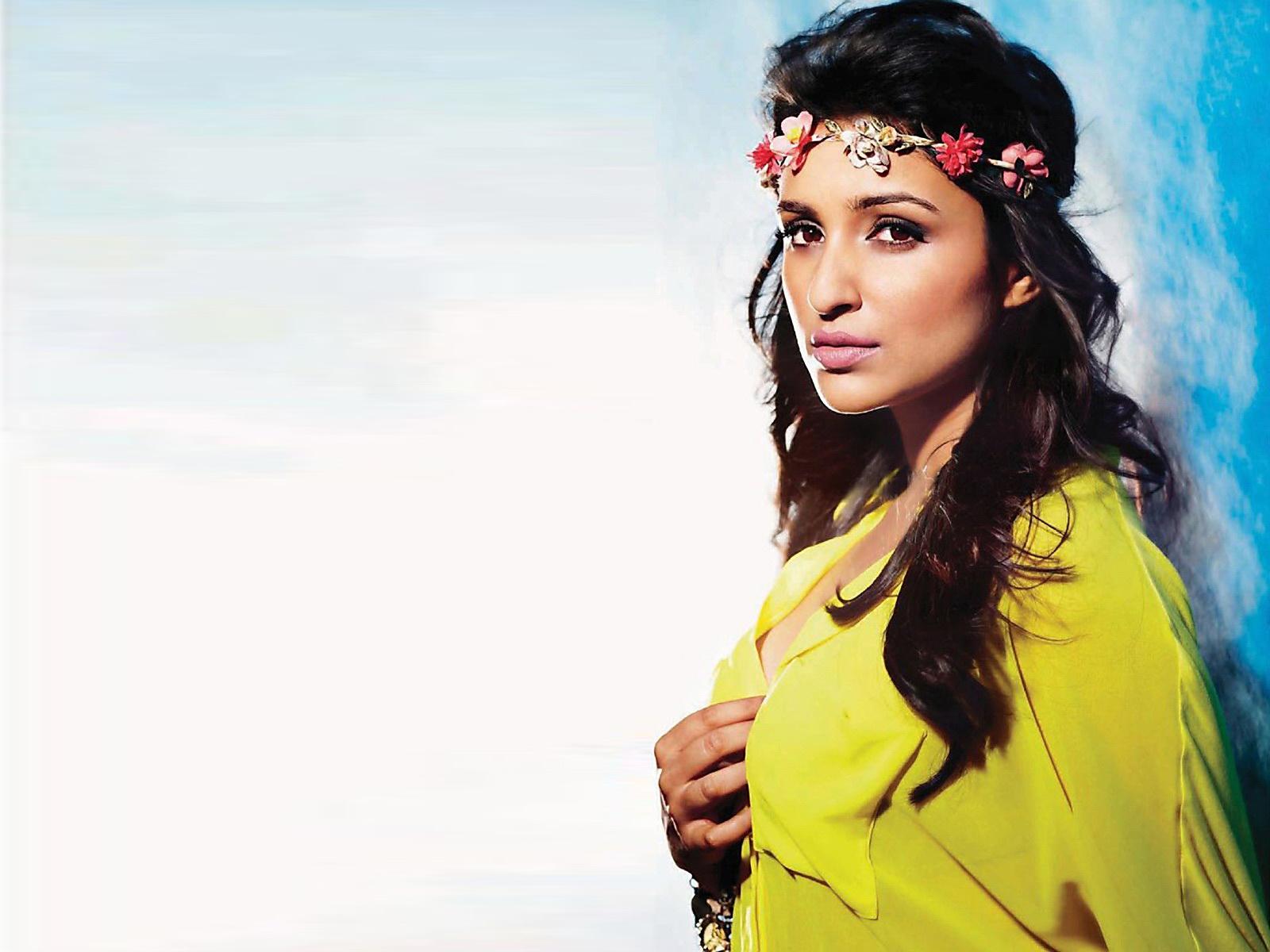 ... stars: Parineeti Chopra 2012 latest HD Wallpapers- 5 Stars