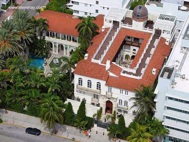 Vista aérea de la mansión Versace