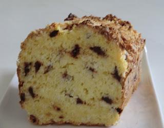 Cake noix de coco et pépites de chocolat sans gluten et sans lactose