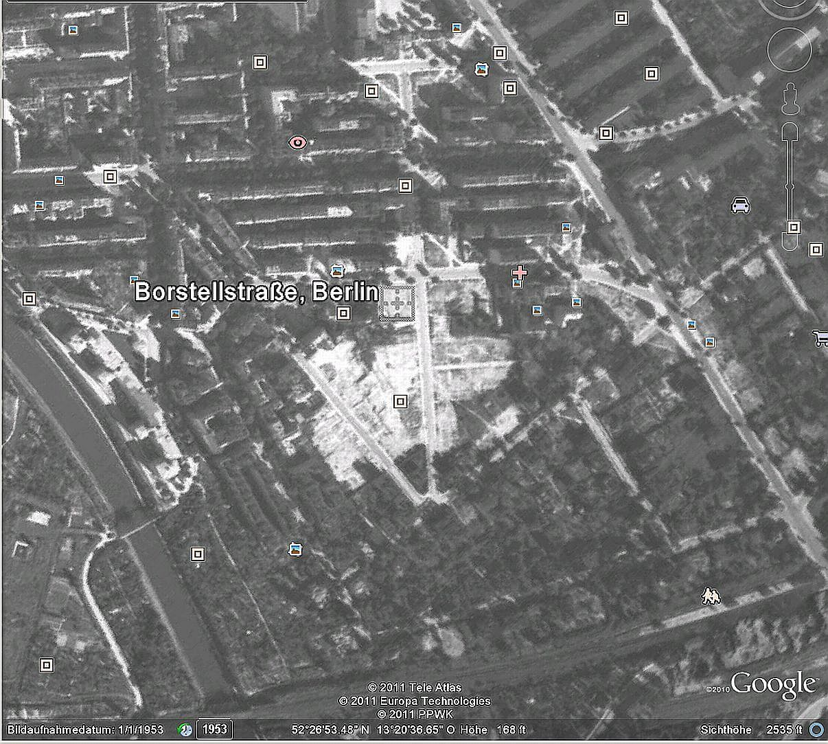Nearly all of the old potsdamer strasse and half of the stephanstrasse has been razed to the ground at 23 august 1943