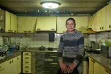María José Garza. en la cocina de su casa / NACHO GÓMEZ