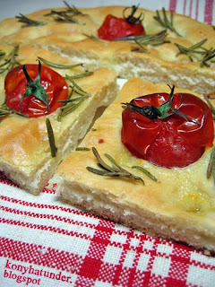 tomato-rosemary-focaccia-sliced