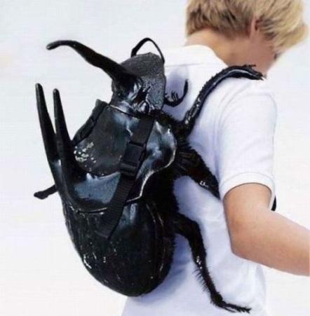 Nasihangit pun tak sanggup pakai beg ni. Huhuhuhu :3