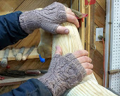 Winter Tree Cable Men's Fingerless Gloves