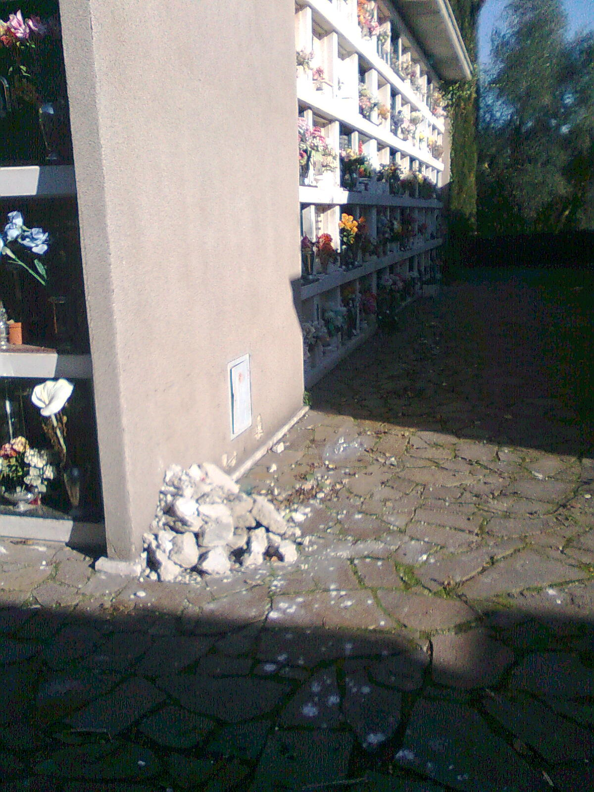 Rita coltellese scrivere cimitero flaminio di roma - Cimitero flaminio prima porta ...
