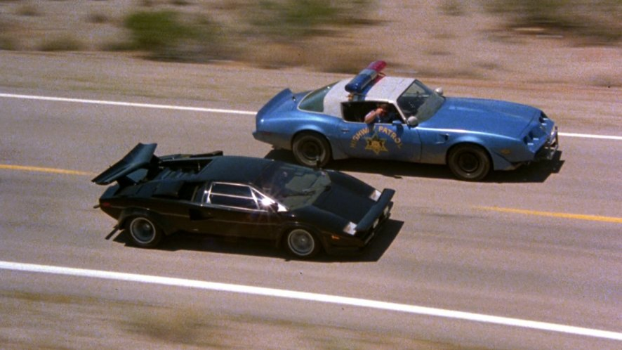 hubbs movie reviews the cannonball run 1981. Black Bedroom Furniture Sets. Home Design Ideas