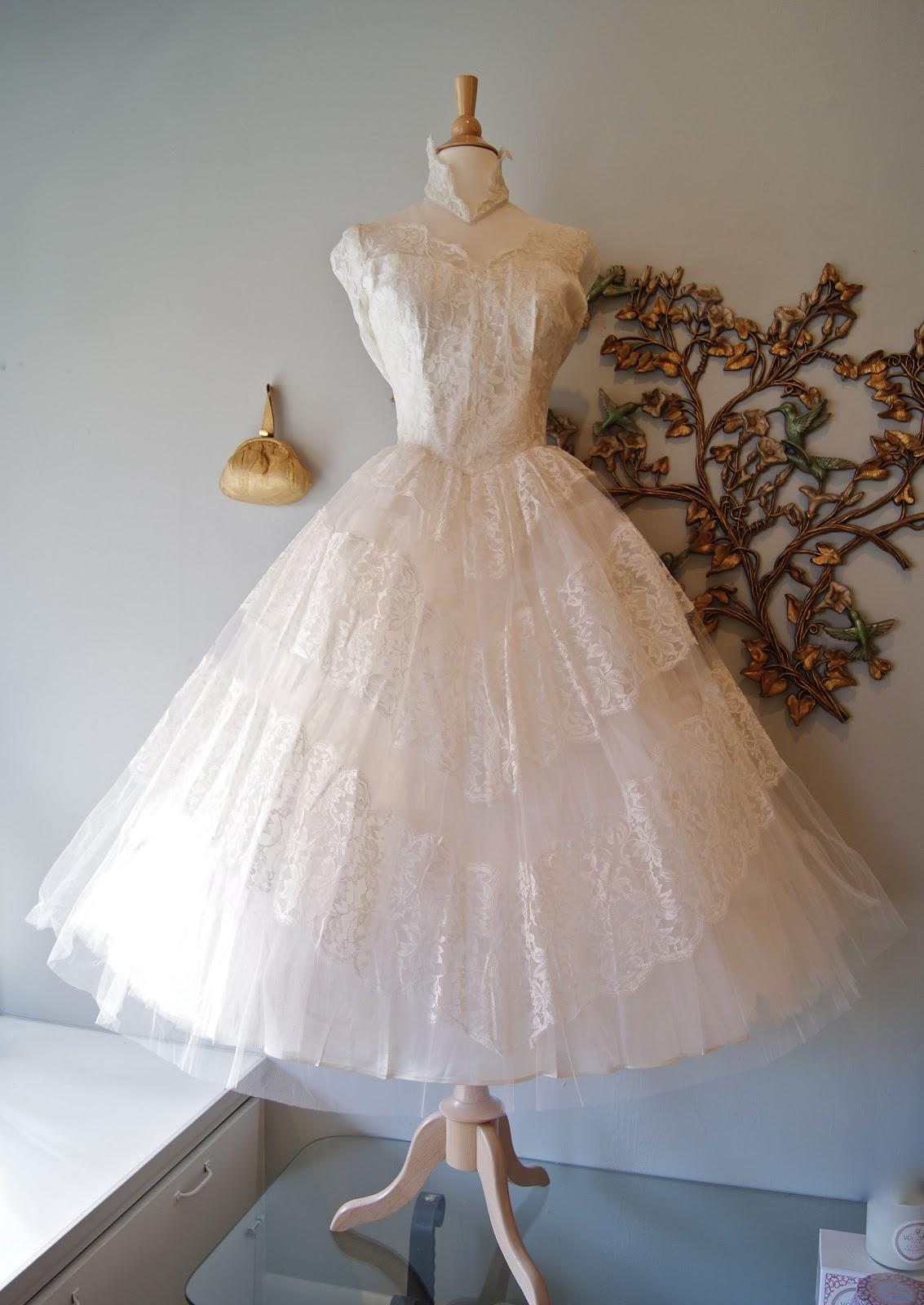 Fabulous 1950s Tea Length Wedding Dress Waist 26