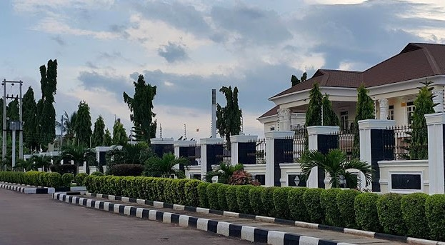 Check Out photos of Fuji musician K1's expensive mansion
