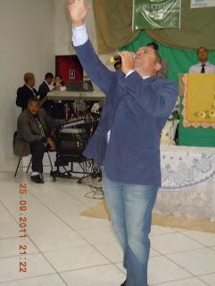 CANTOR JOSE ANTONIO SE APRESENTA EM GUARIBA A 450 K DA CAPITAL PAULISTA.