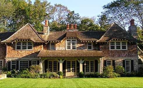 por lo general las fachadas de estas casas son con ventanas de madera - Fachadas De Casas De Campo
