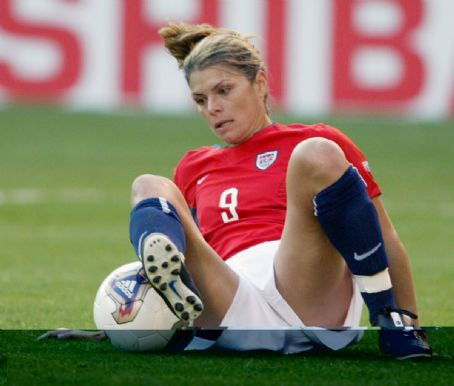 mia hamm research paper