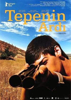 Pelicula  Tepenin ardi (Beyond the Hill) 2012 online
