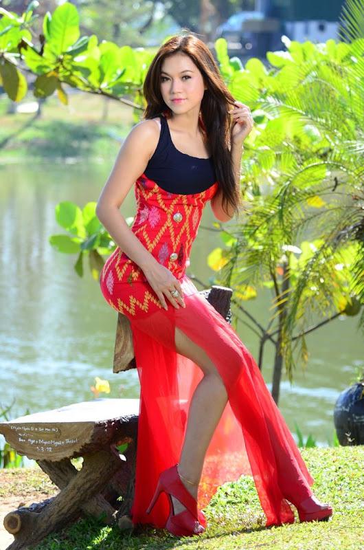 Beautiful Myanmar Model Photos