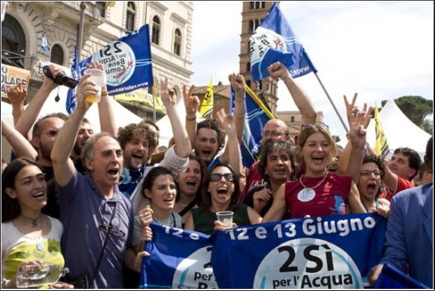 Risultati immagini per vittoria referendum acqua 2011