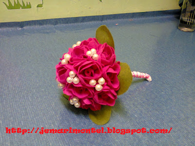 Pearly Felt Roses Hand Bouquets (Shocking Pink and Green Leaves)