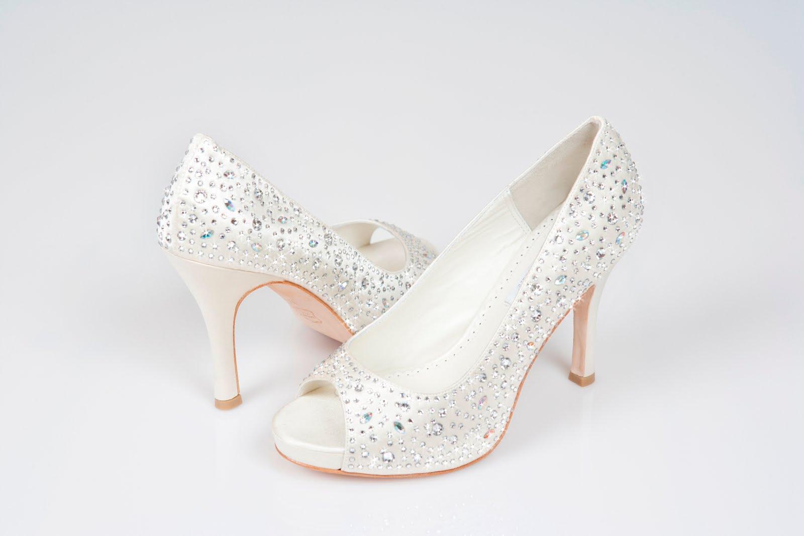 Wedding dresses luxury wedding shoes for Heels for wedding dress