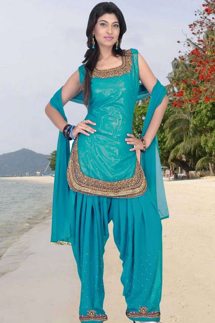 Patiala-Salwar-Kameez-for-Girls