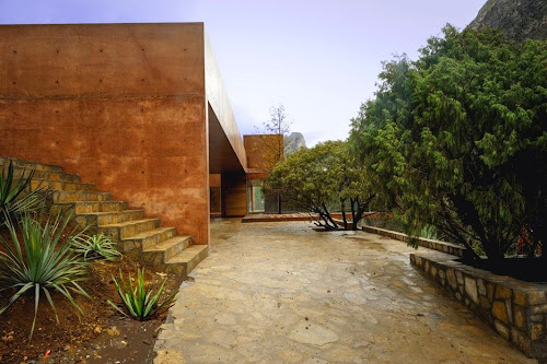 Narigua House by P+0 Arquitectura
