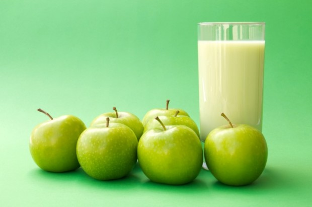 Resultado de imagem para milkshake verde