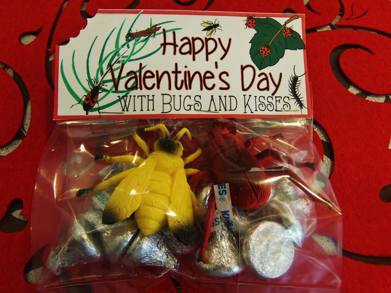 http://hollyshome-hollyshome.blogspot.com/2014/02/happy-valentines-day-with-bugs-and.html