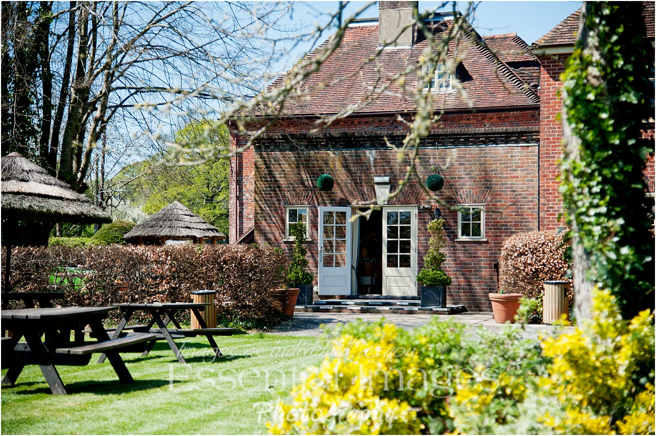 Eat Al Fresco in the garden at The Bell Inn
