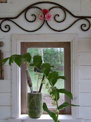 Växthuset , min egen lilla lekstuga =)