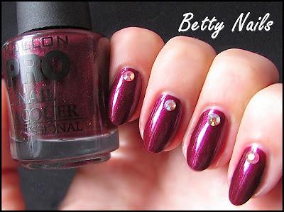 mollon nail polish