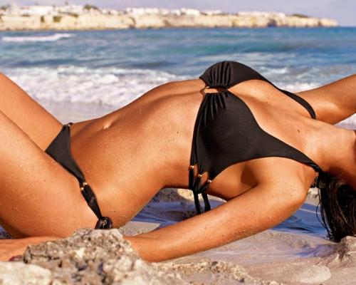 Dekoratív szexi fekete bikini - Calzedonia bikini 2013