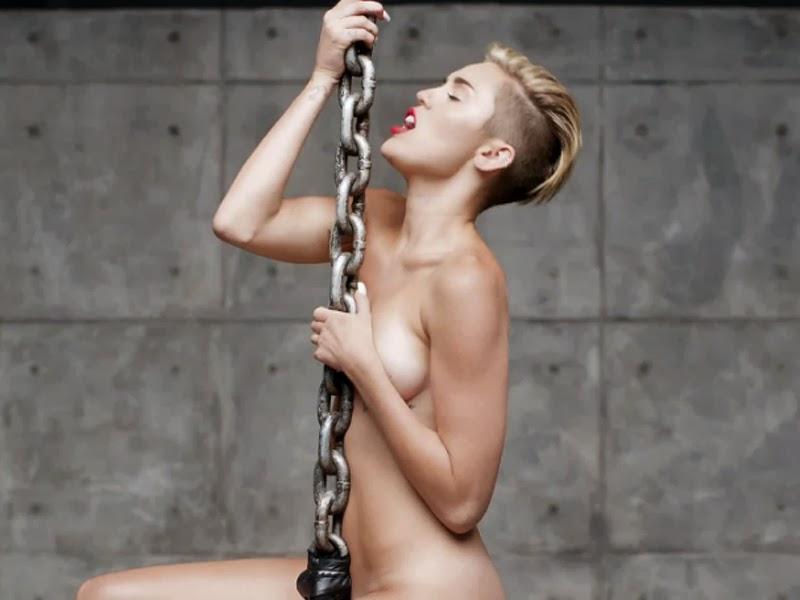 Miley Cyrus Desnuda Wrecking Ball