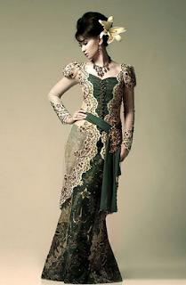 Busana Kebaya Muslim Batik Modern