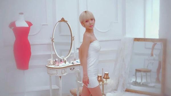 AoA ChoA Miniskirt Japanese