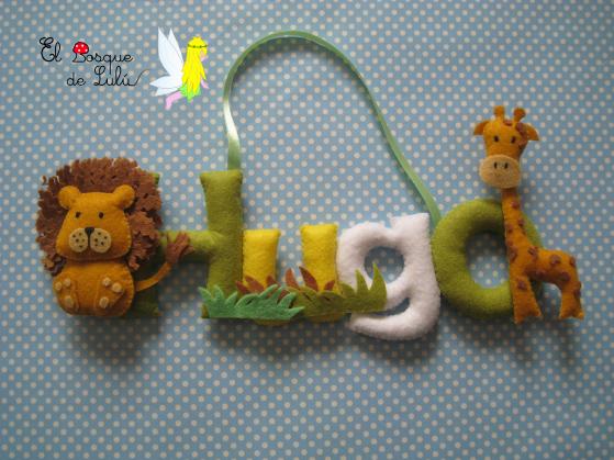 nombre-en-fieltro-letrero-decorativo-Hugo-león-jirafa-de-fieltro-regalo-nacimiento-bienvenida-personalizado