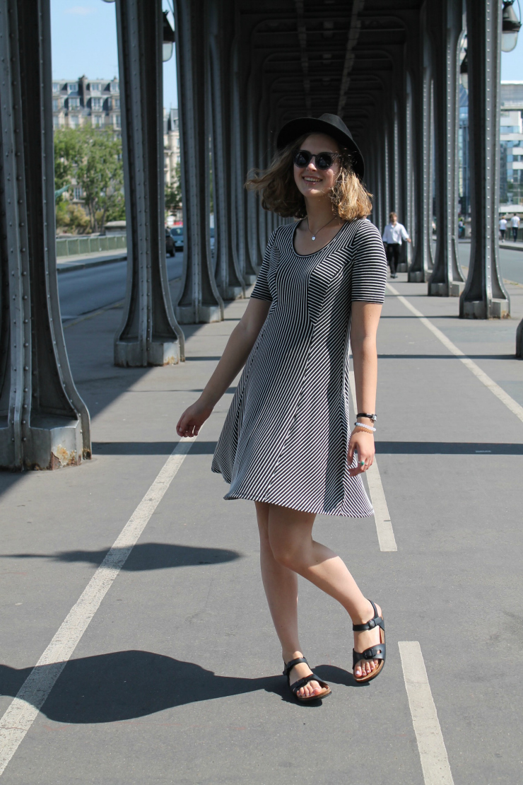 Bir-Hakeim Paris, France, fashion blogger