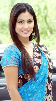 Hina Khan HD Wallpapers Free Download